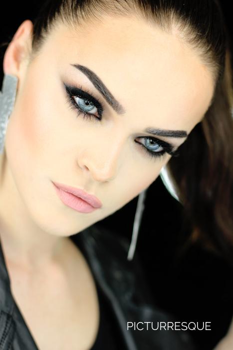 all_black_smokey_eyes
