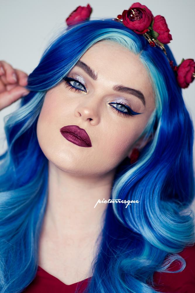 uniwigs-fantasy-wig-blue_9